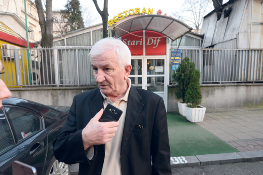 VLASNIK STAROG DIFA OGORČEN: Funkcioner mi otima restoran na pravdi boga!