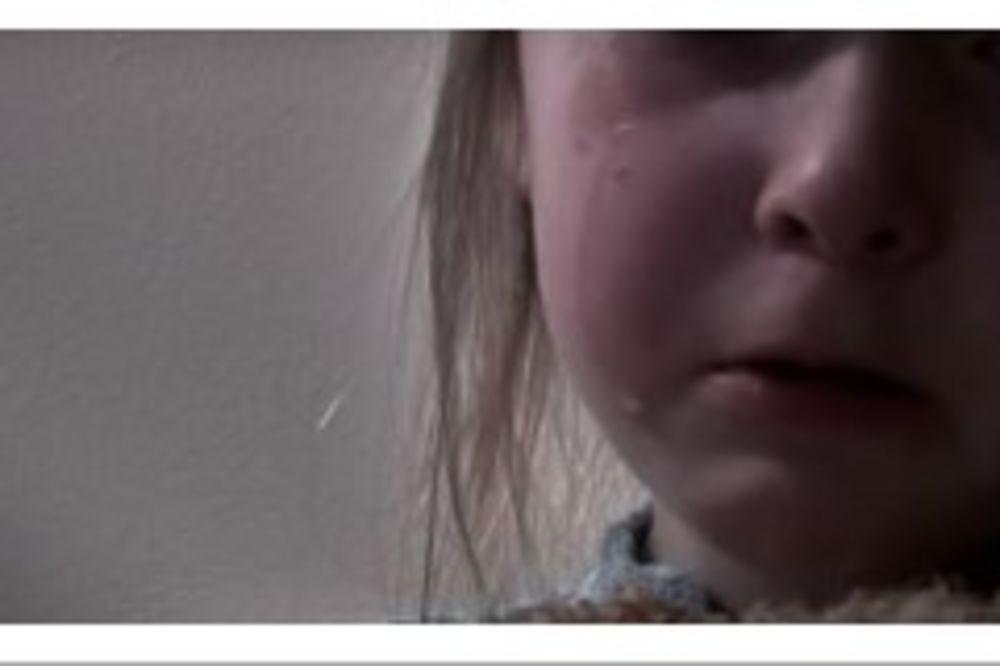 devojčica, pismo, foto jutjub