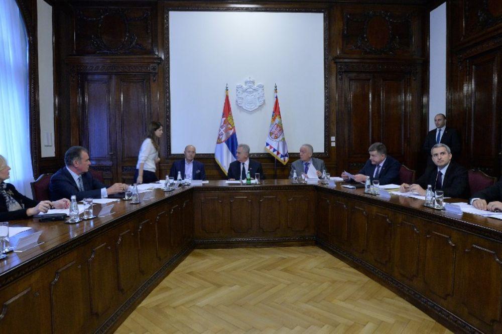 ZA HRAM SVETOG SAVE: Sednicom predsedavali predsednik Nikolić i biznismen Kostić
