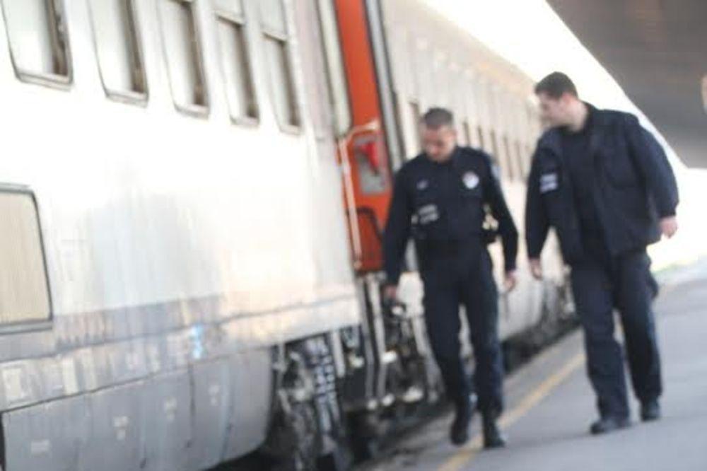 PREŠEVO: Carina otkrila u vozu 33 ilegalca iz Avganistana, Libije i Sirije