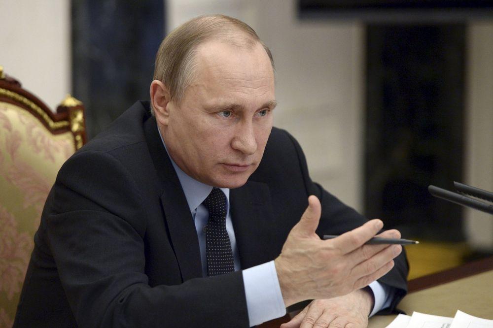 PUTIN NAREDIO: Vlada u Moskvi da pokrene ublažavanje sankcija Turskoj