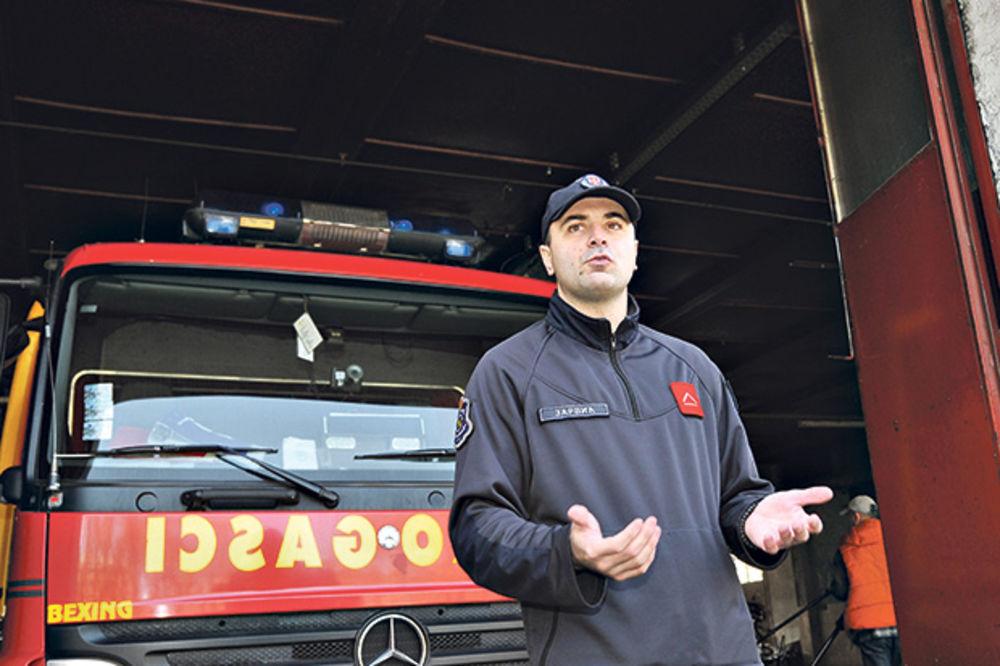 vatrogasac Zoran Zarvić, foto Stefan Jokić