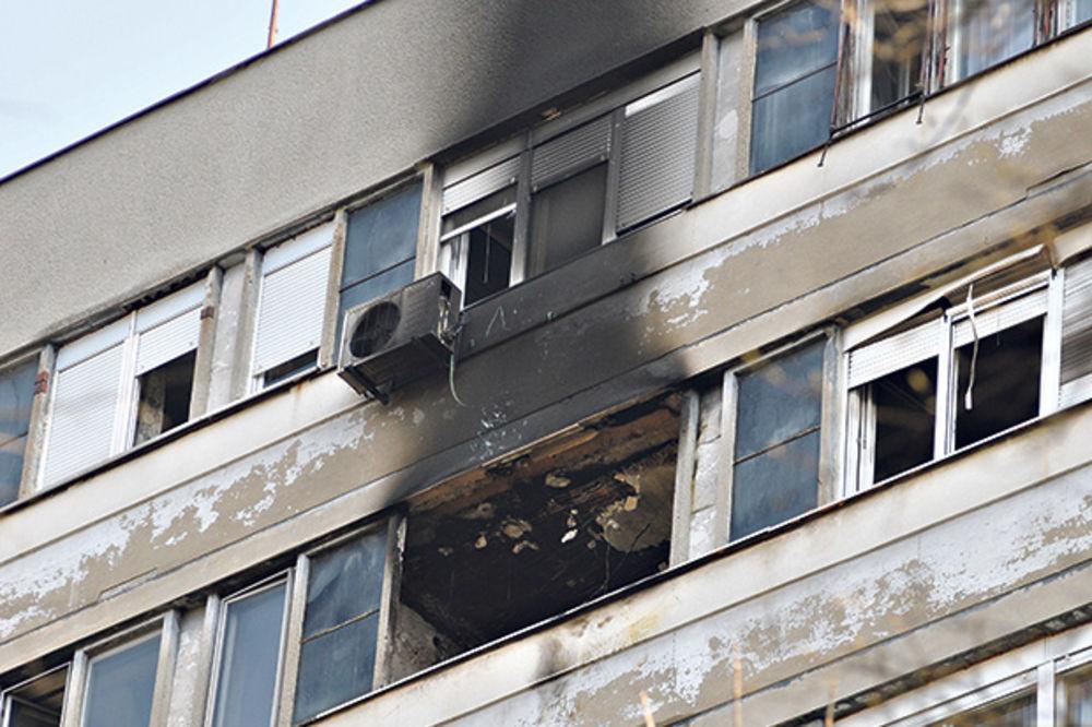 Izgoreo ceo stan... Zgrada na Novom Beogradu