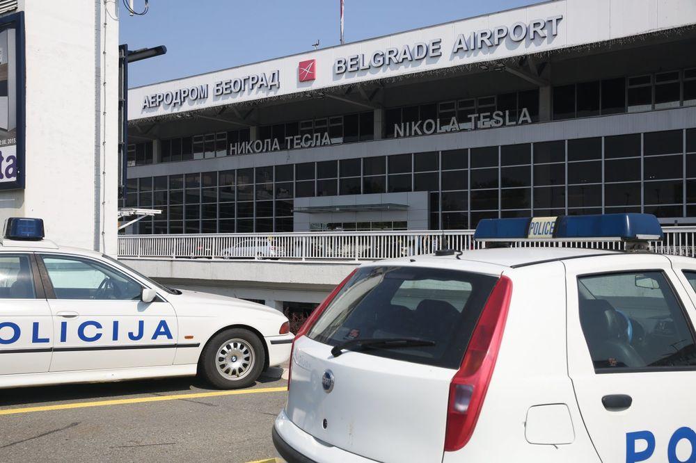 DRAMA NA AERODROMU NIKOLA TESLA: Preminuo Turčin zbog koga je avion sleteo u Beograd