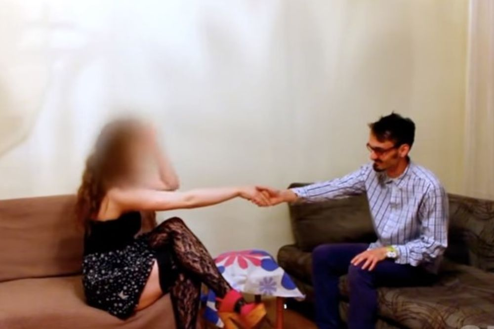 (VIDEO) OVO NIJE OČEKIVALA: Pozvao prostitutku i tražio od nje najčudniju stvar