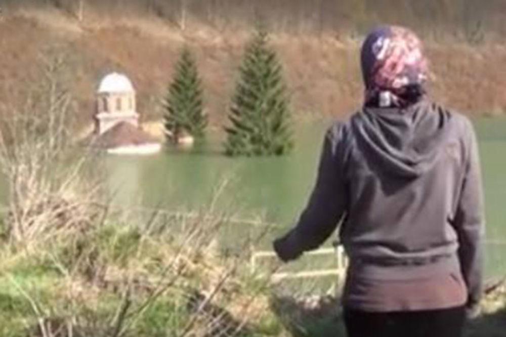 (VIDEO) SVETINJA MOLI ZA SPAS: Meštani usred noći čuli pojanje iz potopljene Valjevske Gračanice