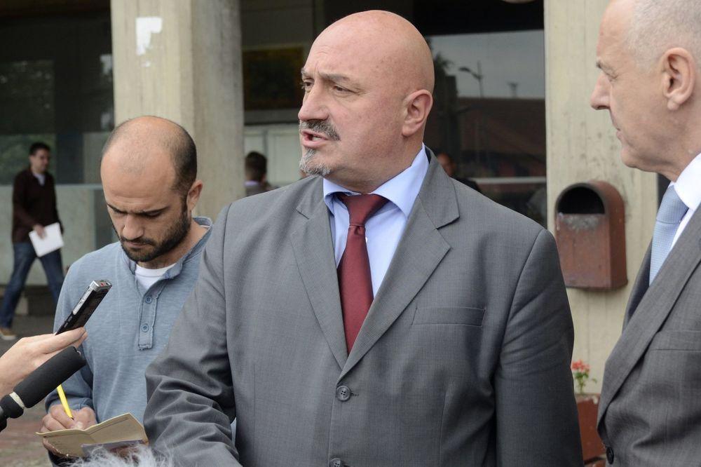 KARADŽIĆEV ADVOKAT ZA KURIR Presudom Milošević nije oslobođen, ali je skinuta odgovornost sa Srbije!