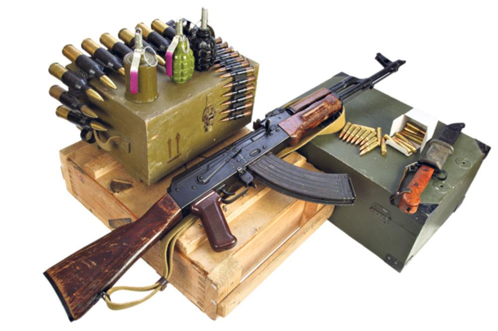 AMNESTI OPTUŽIO POLA EU: Izvozom oružja u Egipat podstiču ubistva i mučenja u toj zemlji!