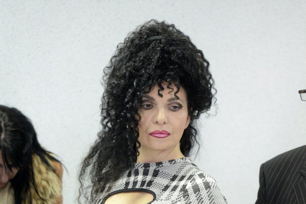 (FOTO) NOVA LJUBAV NA ESTRADI? Lepa Violeta iz Boljeg života u zagrljaju seksi glumca