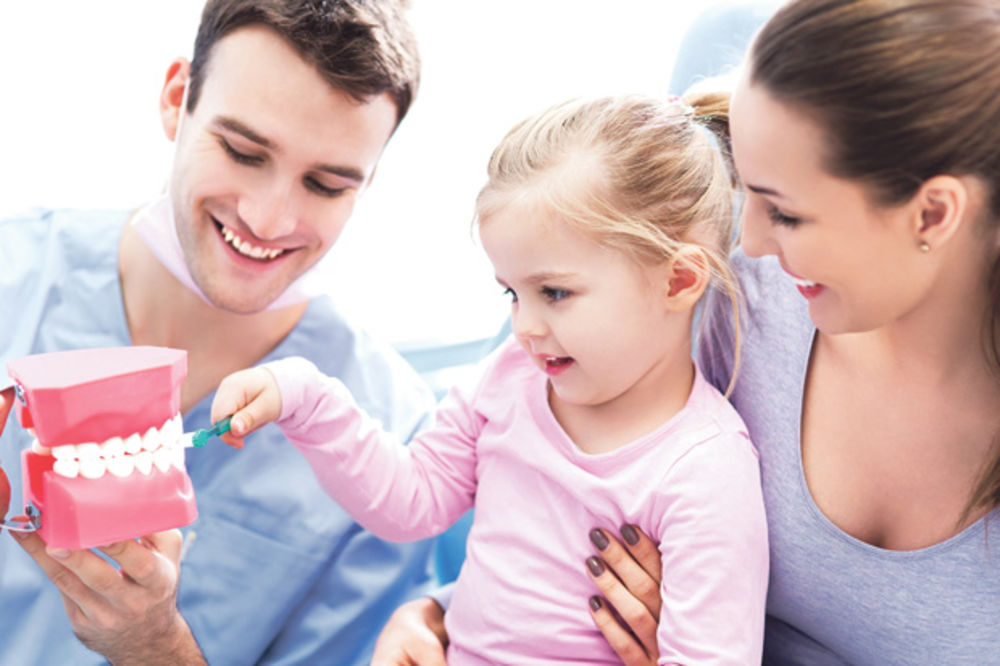 ISPLANIRAJTE SVAKI DETALJ: Ovako treba da izgleda prva poseta dečjem zubaru