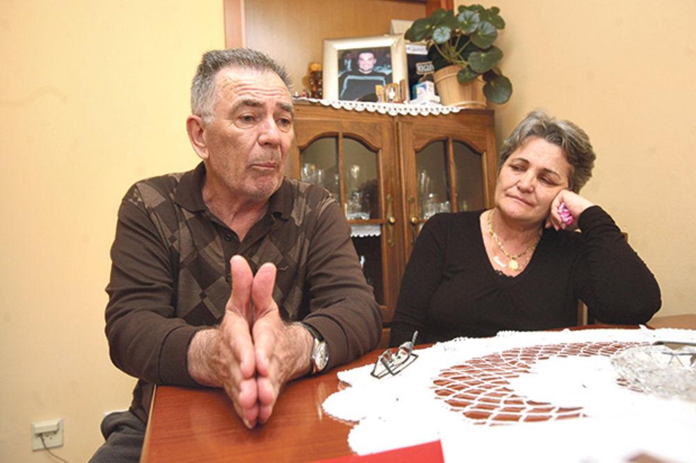 CRNA GORO, NEK TE JE SRAMOTA: Roditelji prve žrtve NATO agresije osuđuju pretnje kaznom