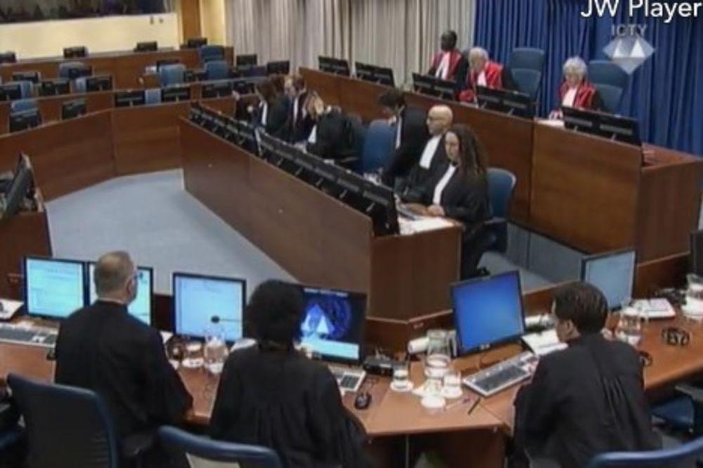 ULAŽU ŽALBU: Haško tužilaštvo traži da se Šešelj proglasi krivim ili da se proces vrati na početak