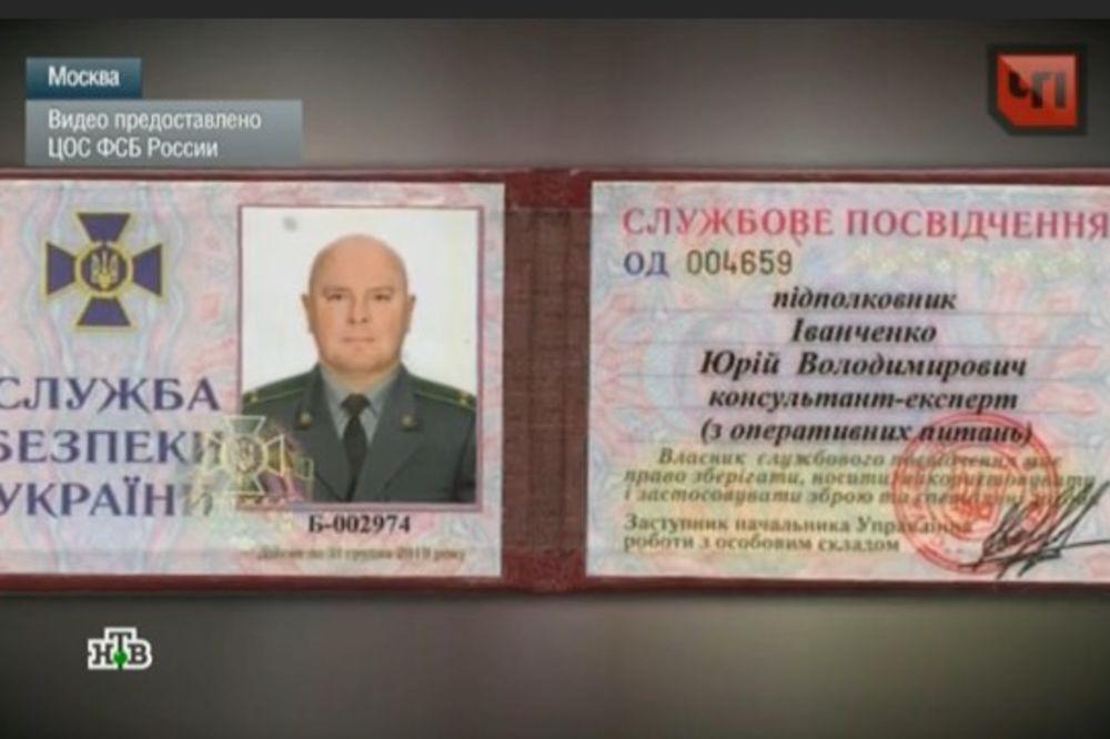 (VIDEO) NAJGORA KAZNA: Rusi deportuju dvojstrukog špijuna u Ukrajinu