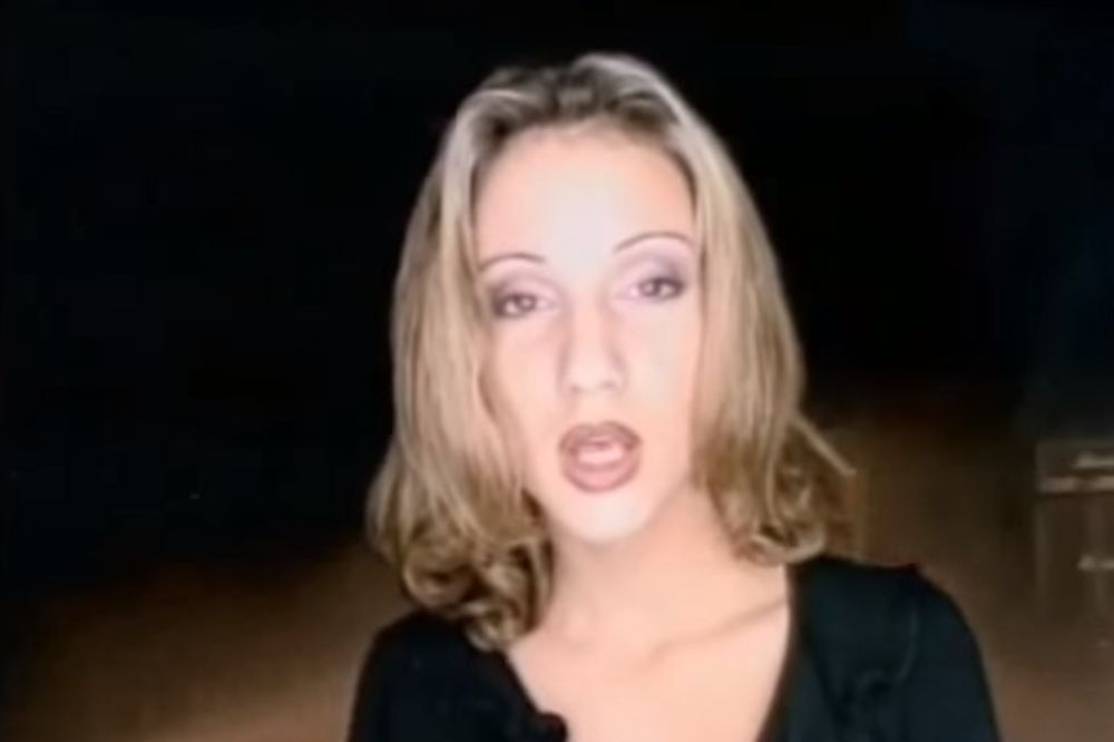 (VIDEO) NEVEROVATNA PROMENA: Evo kako je pevačica izgledala pre 17 godina