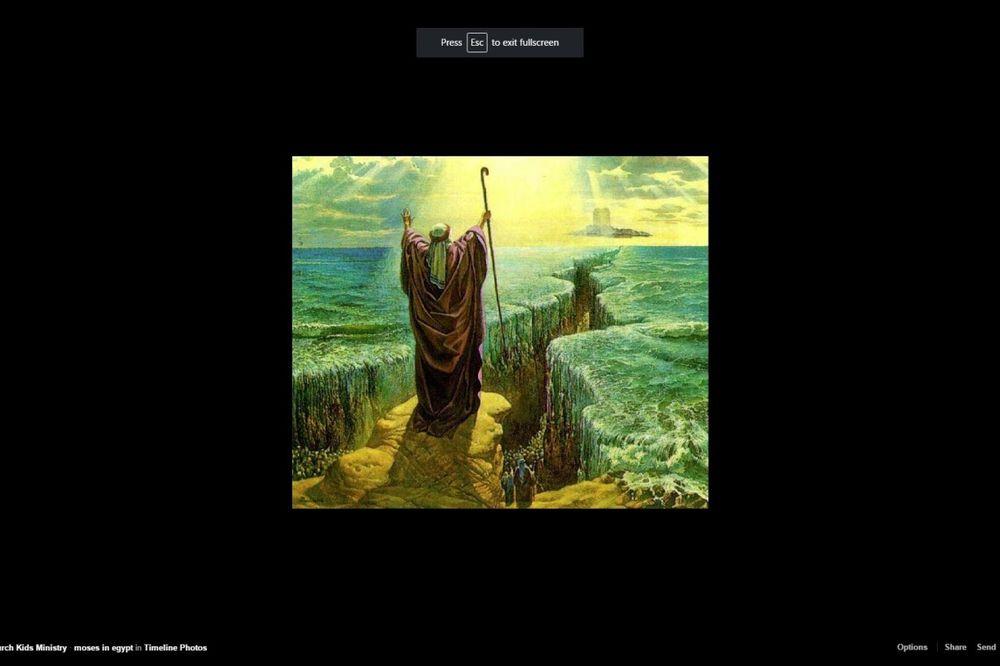 Mojsije razdvaja Crveno more (Foto: Facebook printscreen)