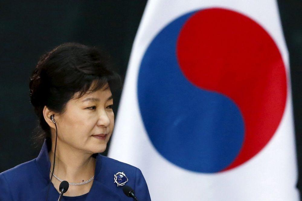 POSLE SKANDALA KOJI JE POTRESAO ČITAVU ZEMLJU: Južnokorejska predsednica će se povući sa vlasti