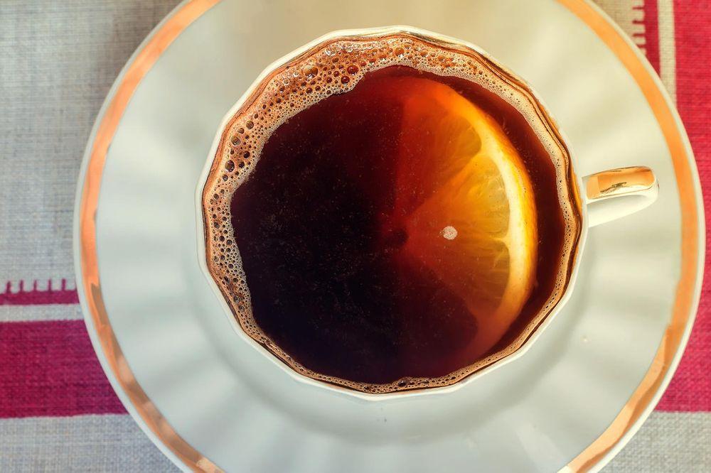 NEMOJTE PITI LEKOVE ZA BOLOVE: Limun i kafa vam mogu pomoći, a evo i kako