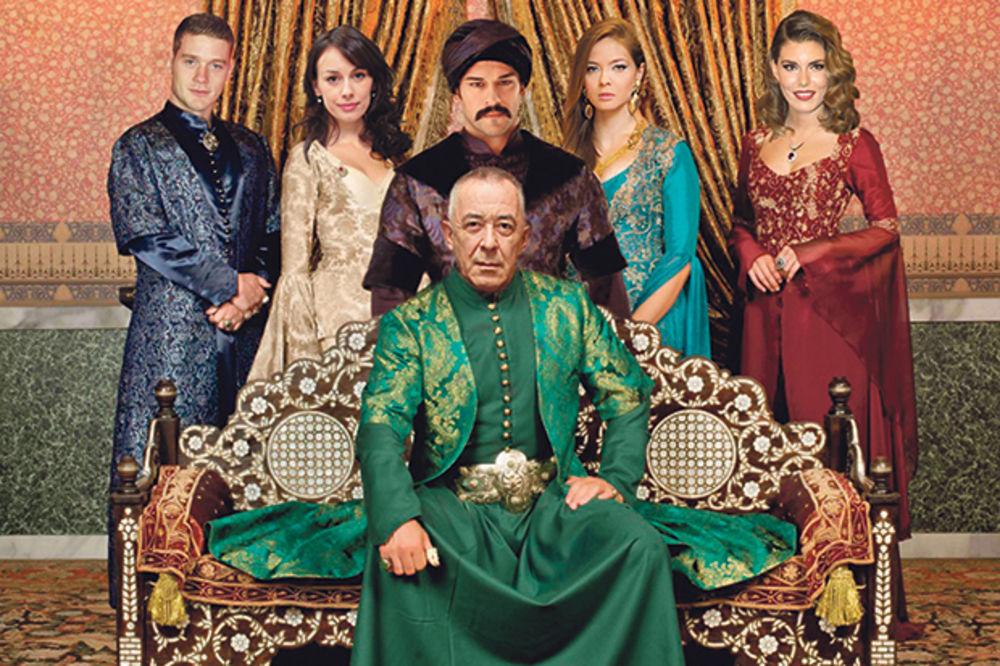 SRBI IGRAJU S BALI-BEGOM: Turska glumačka zvezda želi da snima kod nas!