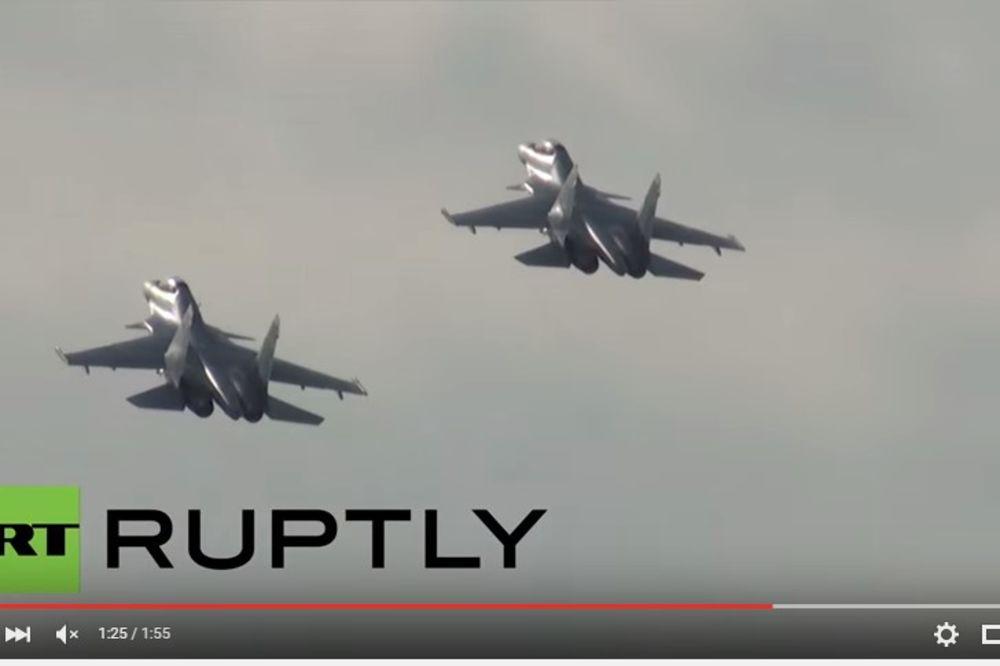 (VIDEO) POGLEDAJTE RUSKE LOVCE: Novi Su-30SM leti kao strela