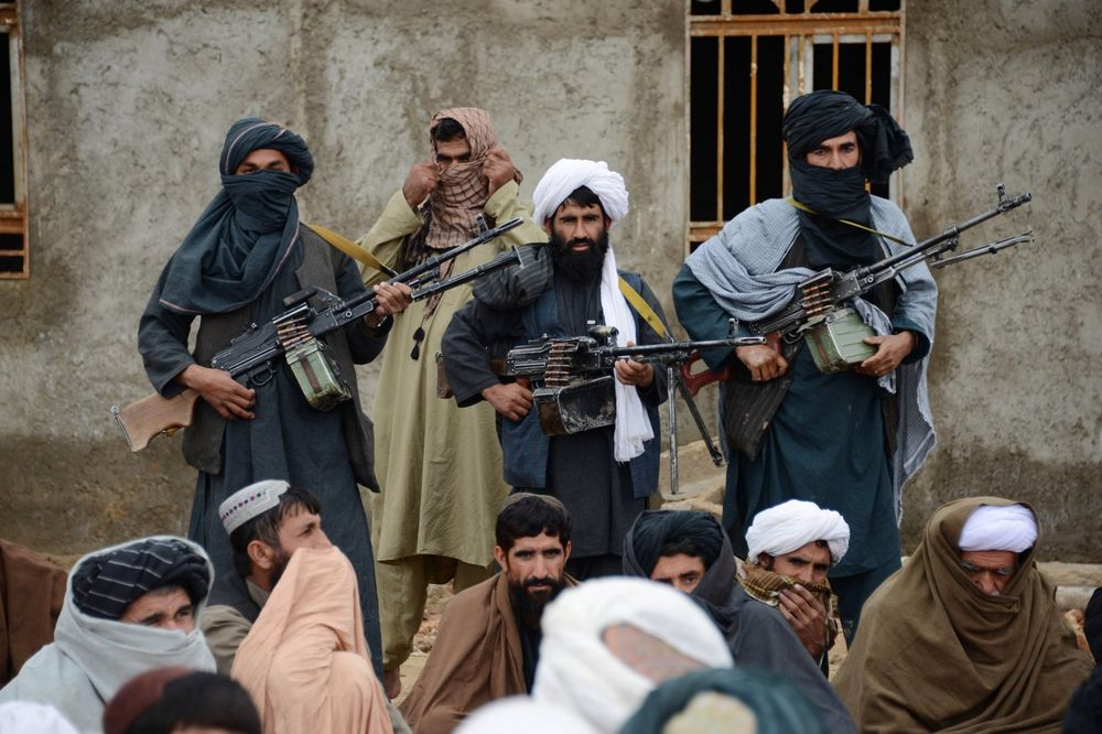 ŽESTOKA OFANZIVA TALIBANA: Zauzeli okrug u provinciji Kunduz, stotine civila napustilo domove