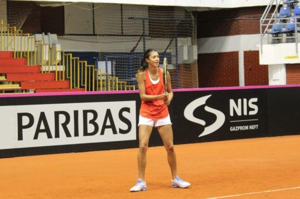 FURIOZAN START OLGE DANILOVIĆ: Srpska teniserka na RG pobedila dve godine stariju protivnicu!