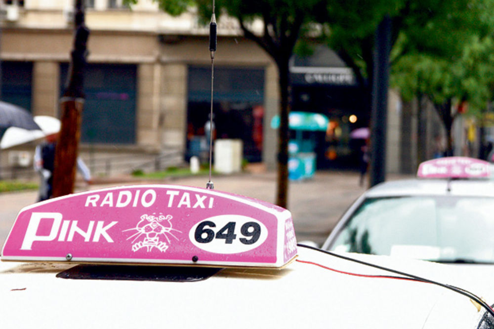 POTRAGA: Ni traga ni glasa od vlasnika Pink taksija