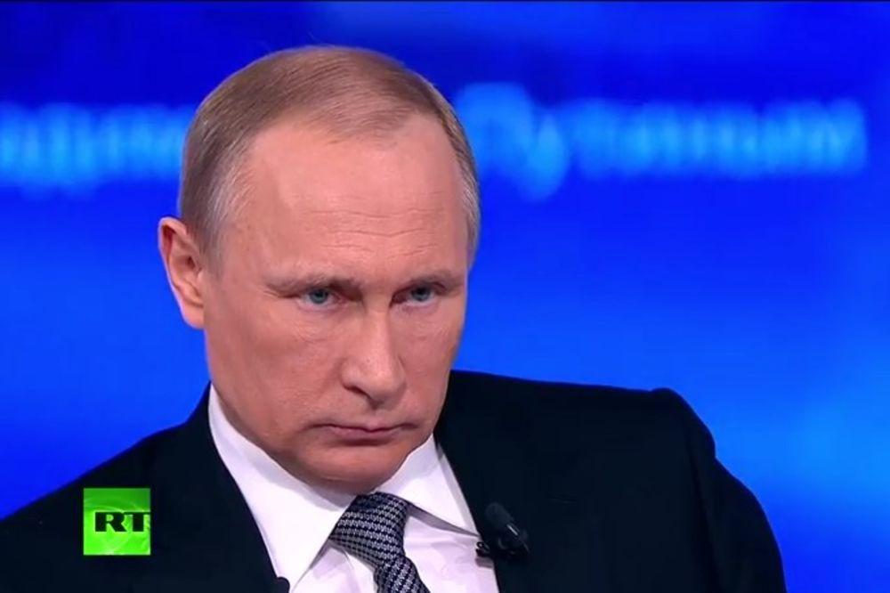 PUTIN : Razmatramo mogućnost razmene za Savčenkovu