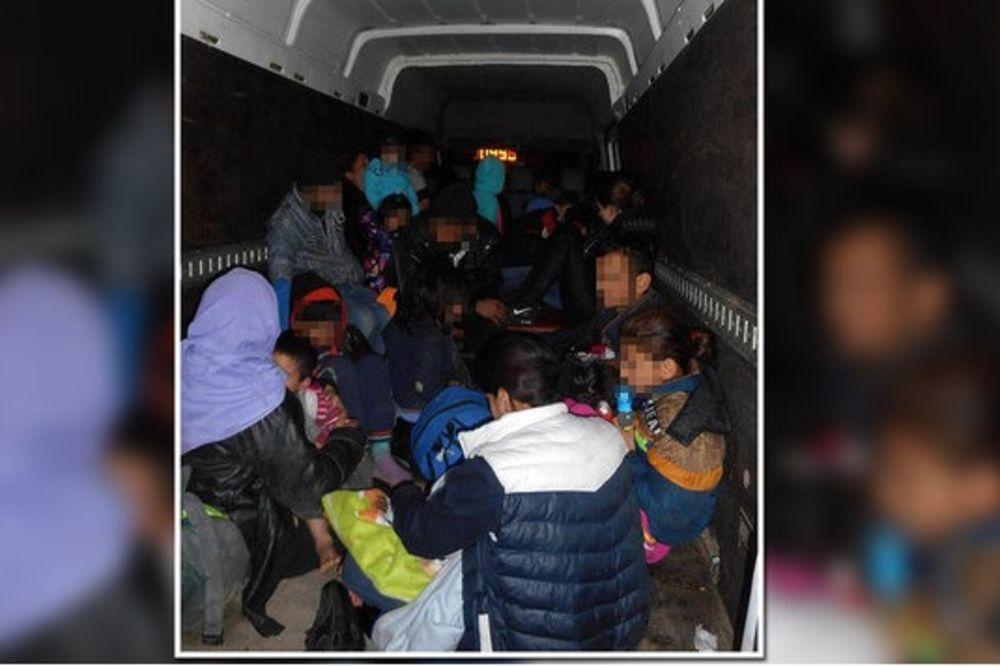 RAZBIJENA BANDA KRIJUMČARA LJUDI: Izbeglicama naplaćivali od 700 do 2.400 evra!