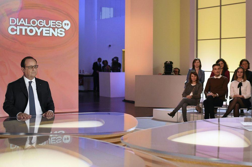 PROBAO KAO PUTIN, ALI: Francuzi gledali seriju Falko dok je Oland pričao na TV