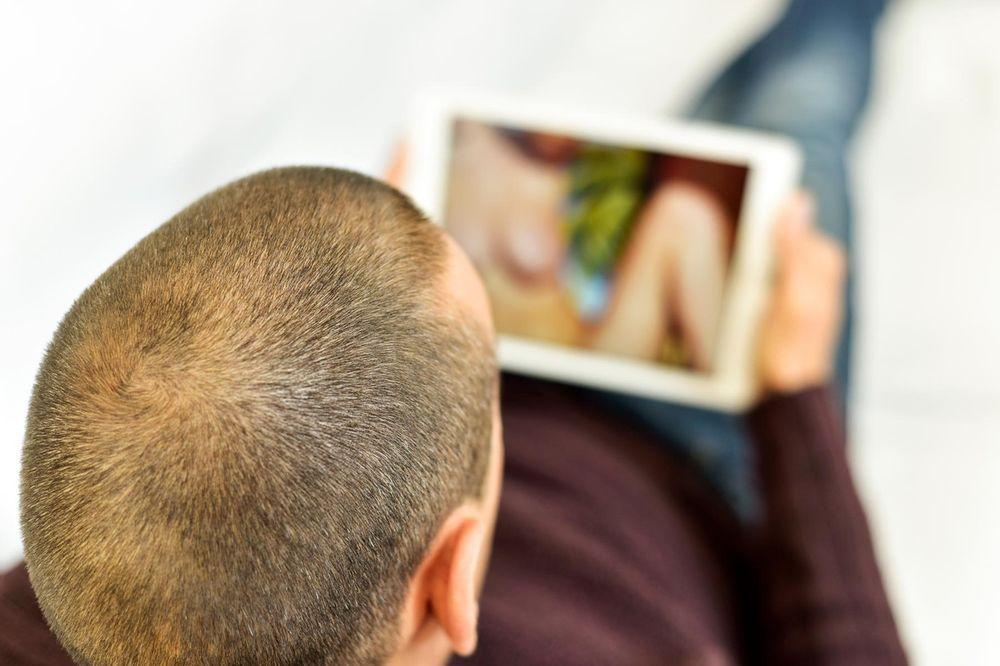 PORNOGRAFIJU PROGLASILI ZA EPIDEMIJU: U Juti tvrde da je opasna po zdravlje