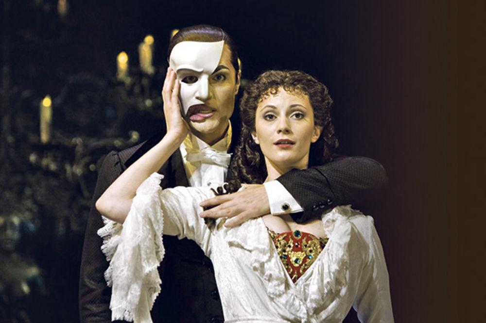 EKSKLUZIVNO: Fantom iz opere stiže na Terazije