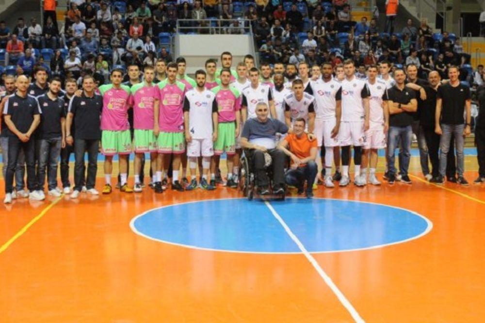 HUMANITARNI MEČ U KRALJEVU: Košarkaši Mega Leksa deklasirali Partizan