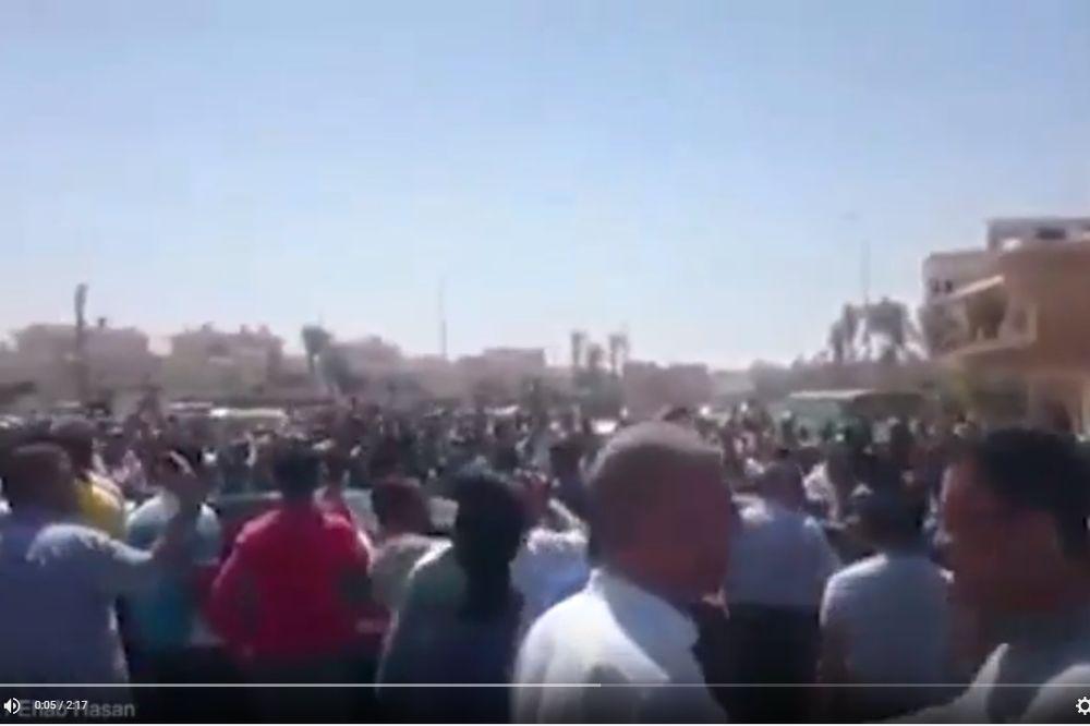 (VIDEO) BAHATOST POLICIJE U KAIRU: Ubio uličnog prodavca zbog cene čaja
