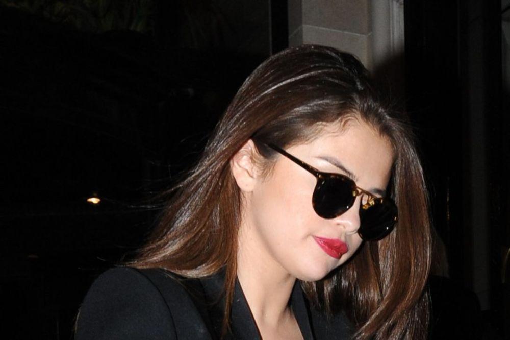 KAD PRE? Selena Gomez se povlači sa scene! Bojim se, moram da preispitam svoj život!