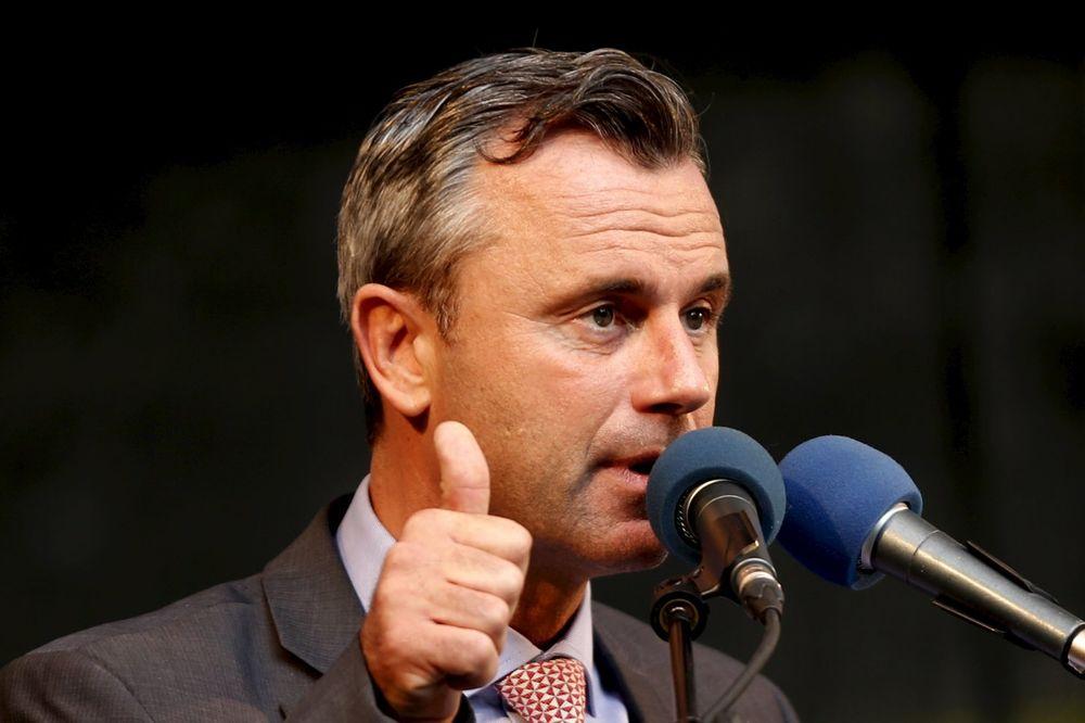 IZNENAĐENJE U AUSTRIJI: Predsednički kandidat desnice ubedljivo vodi!
