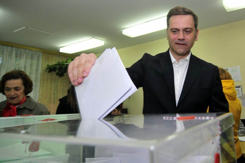 DEBAKL: Borko Stefanović ima manje glasača nego pratilaca na Tviteru