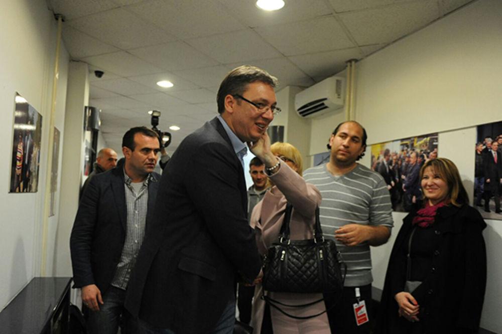 SVETSKE AGENCIJE O POBEDI SNS: Vučić dobio podršku za nastavak puta u EU!