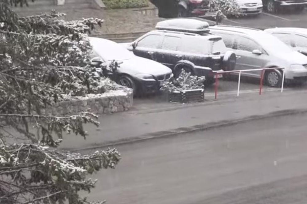 (FOTO I VIDEO) ZABELELO SE U APRILU: Umesto proleća, širom Srbije pada sneg!