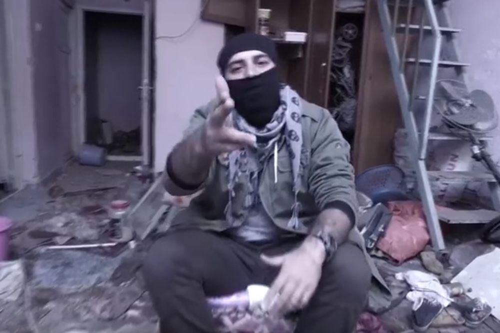 (VIDEO) TURSKI REPER PEVA O UBIJANJU I VEŠANJU STRANACA: Pucaj im u glavu ako se ne menjaju