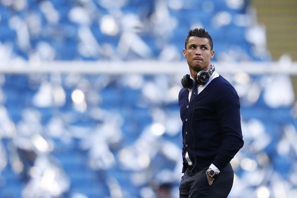 (VIDEO) SMORIO GA ZIDAN: Evo kako je reagovao Ronaldo kada je saznao da neće igrati protiv Sitija