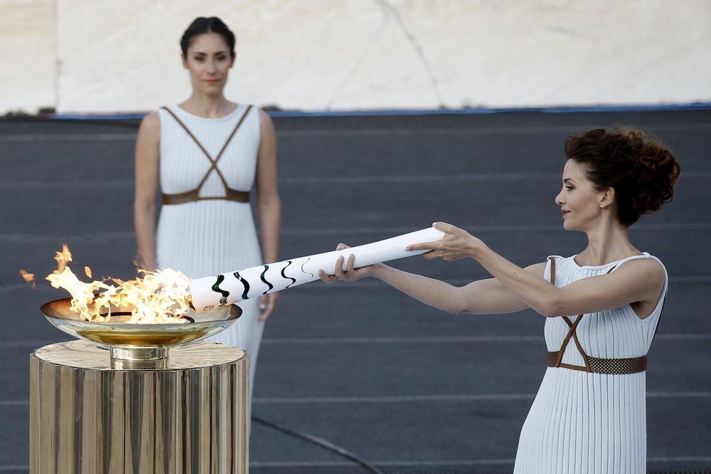 NA PUTU ZA RIO: Olimpijski plamen stigao u Ujedinjene nacije u Ženevi