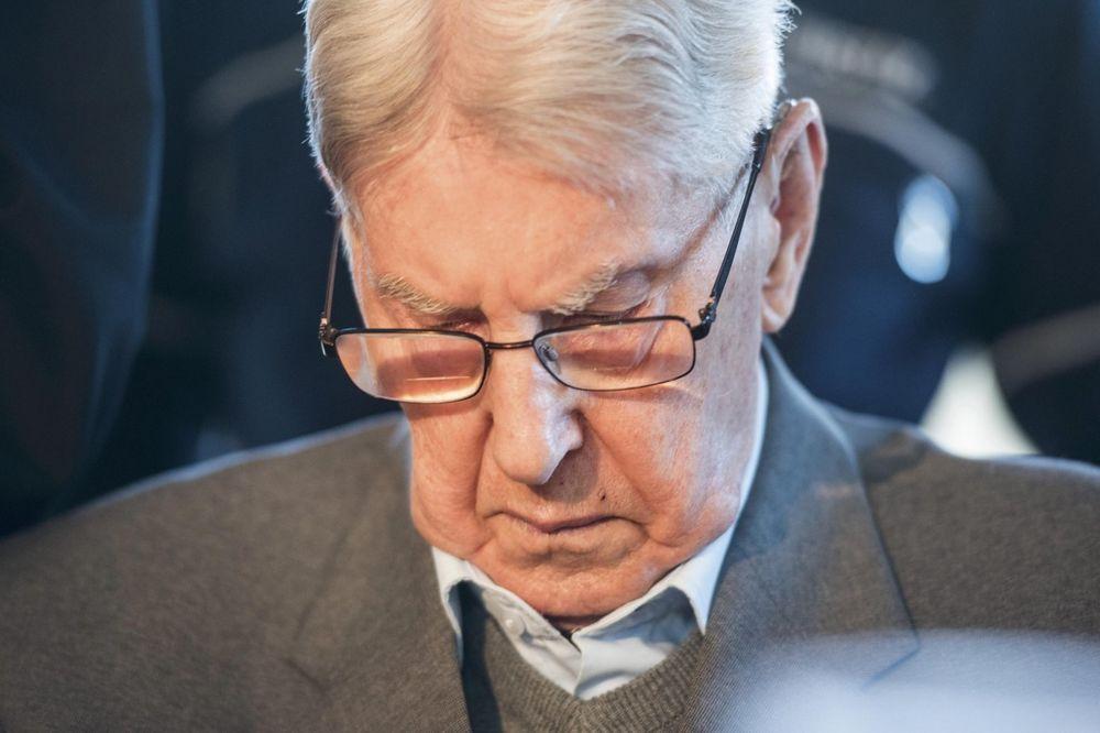 STIDIM SE SVEGA: Bivši čuvar u Aušvicu se izvinio za svoja nedela