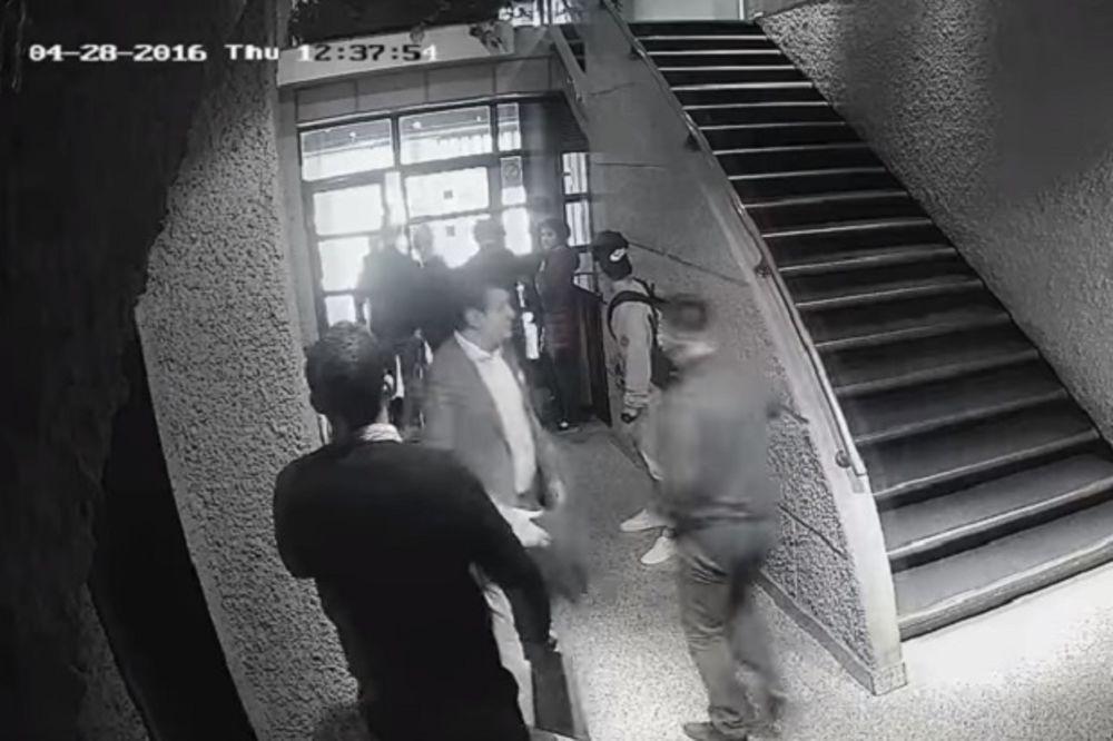 (VIDEO) DRAMATIČNI TRENUCI U HUMSKOJ: Pogledajte napad na Miloša Vazuru iz novog ugla