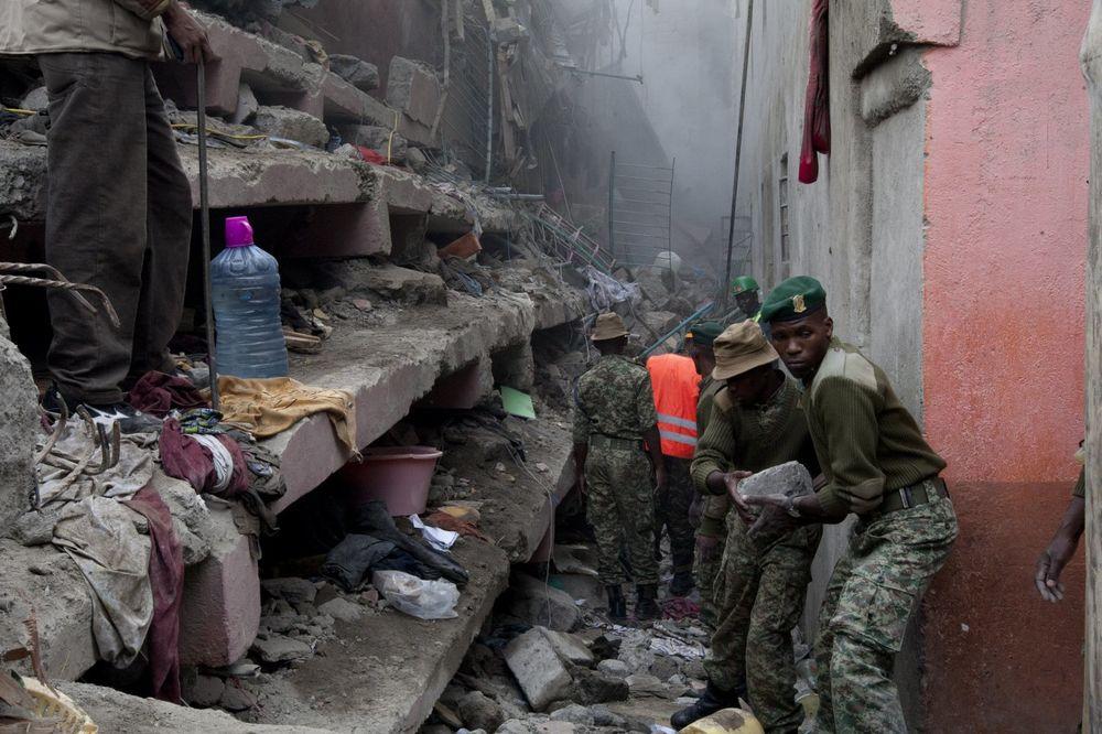 JAKA KIŠA IZAZVALA KATASTROFU: Srušila se zgrada u Keniji, 7 ljudi poginulo