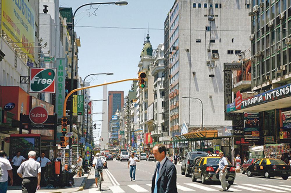 Investitori s amnezijom i trijumfalni povratak argentinskog duga