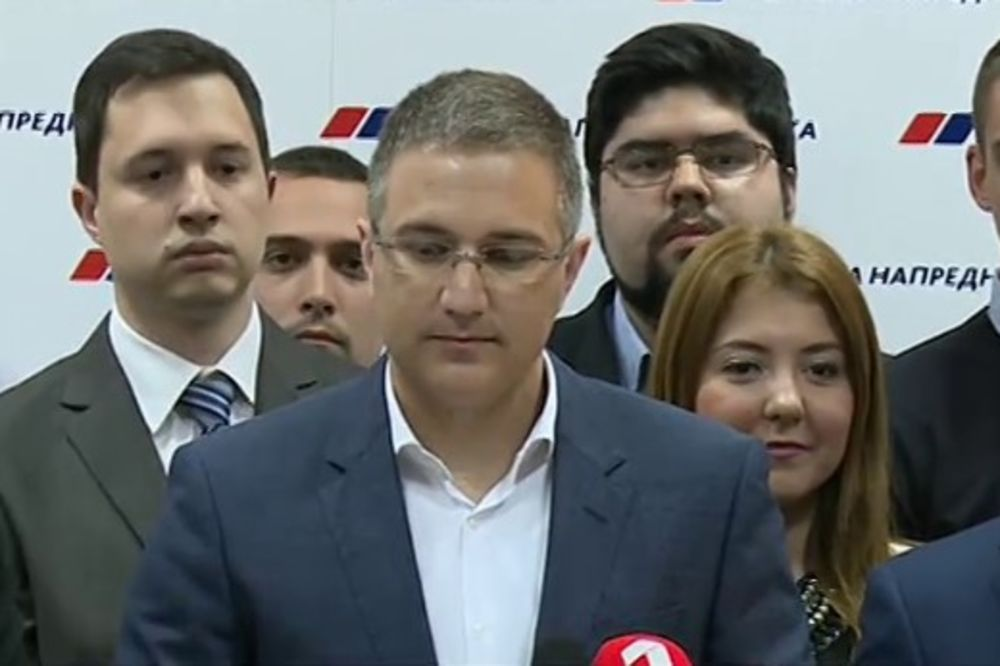 STEFANOVIĆ O PROTESTU OPOZICIJE: Okupili se i rekli šta - ništa!