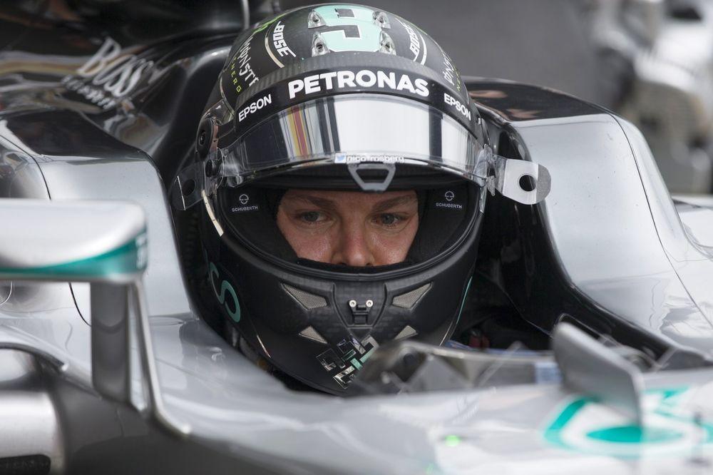 VELIKA NAGRADA RUSIJE: Rozberg osvojio pol poziciju, Hamilton startuje deseti