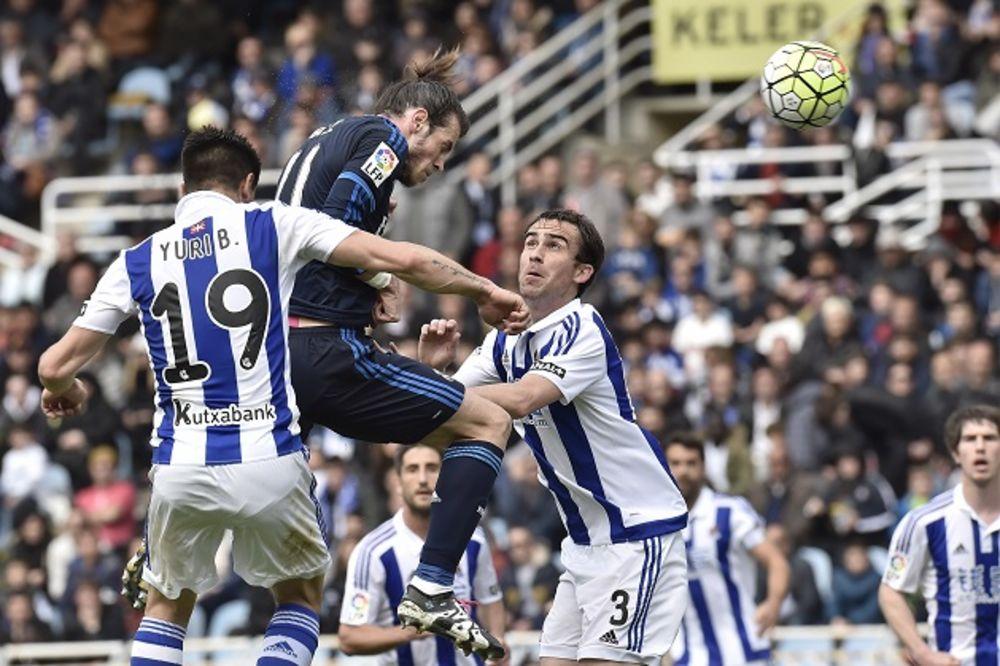 (VIDEO) BEJL ČUVA ŠAMPIONSKU NADU: Real Madrid bez Ronalda jedva pobedio u San Sebastijanu