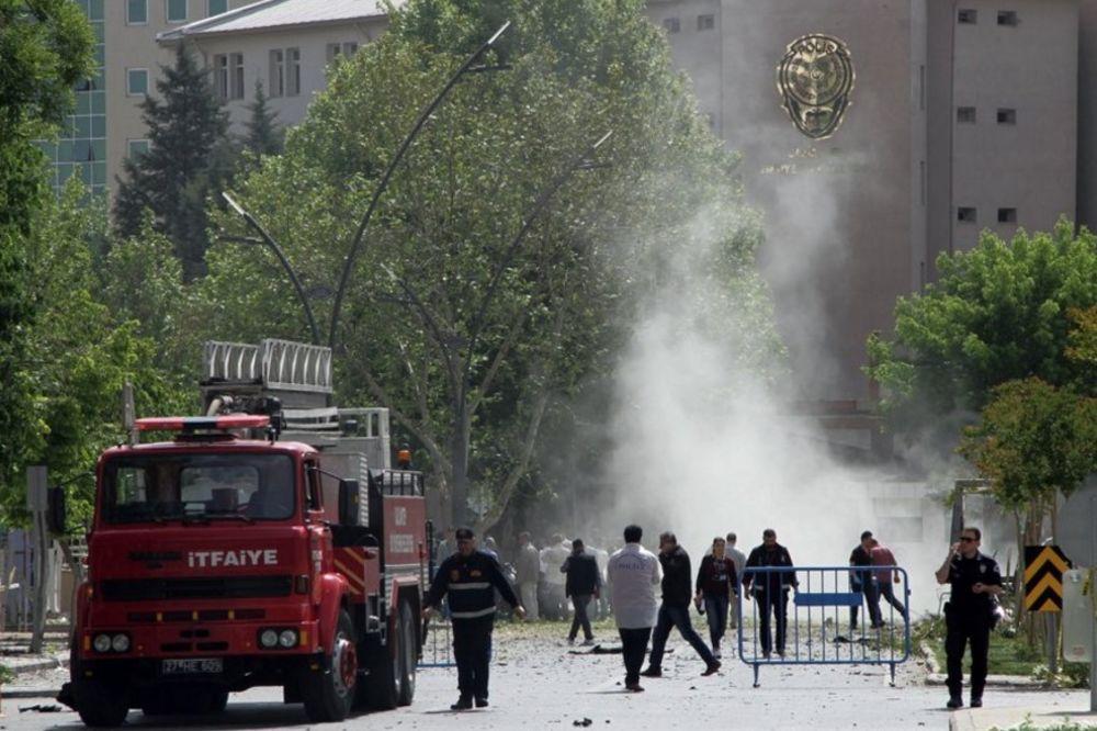 TERORIZAM: Bombaški napad u Turskoj, poginuo jedan, ranjeno trinaest žandarma