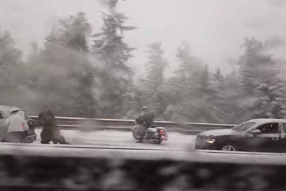 (VIDEO) NEVREME U SLOVENIJI U Mariboru, Ptuju i Murskoj Soboti kiša i sneg, strah od lavina u Alpima